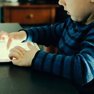 5 Ways to Minimize Gadget Use in Children